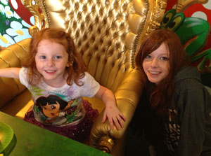 Francesca with Imogen on her 4th birthday! (click for full size)
